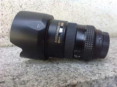 Obbiettivo Nikon 17-55 / 2.8 DX