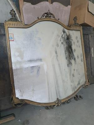 Antica grande specchiera