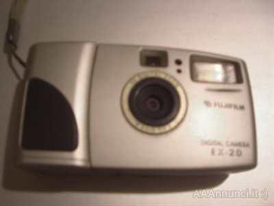 Fuji EX-20 macchina fotografica era analogica pre-digitale.